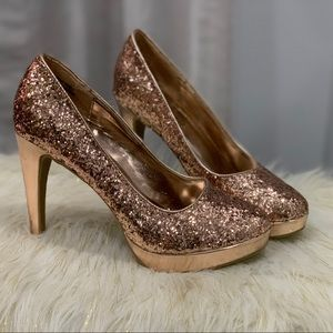 Rampage Tangela gold sequined shoes heels 8.5M